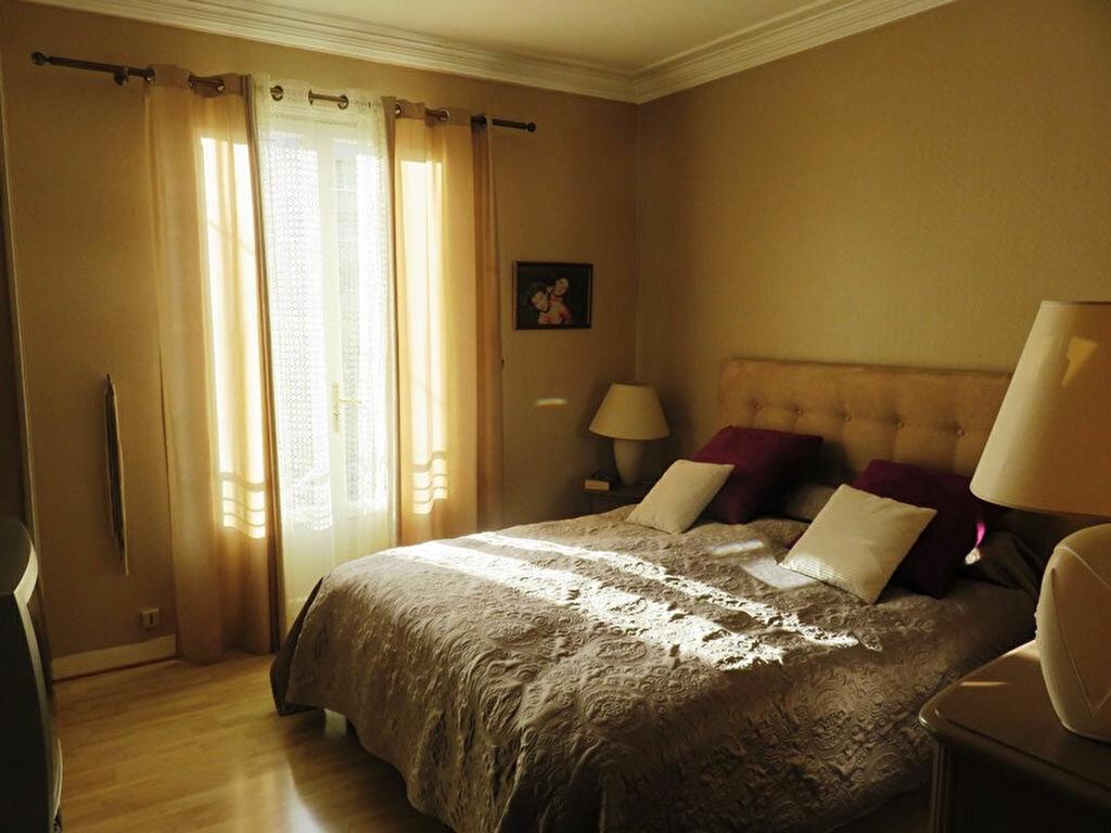 Achat Maison 5 pièces à Joinville-le-Pont - vignette-8