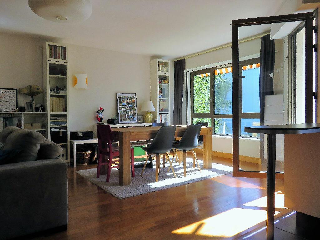 Achat Appartement 6 pièces à Joinville-le-Pont - vignette-3