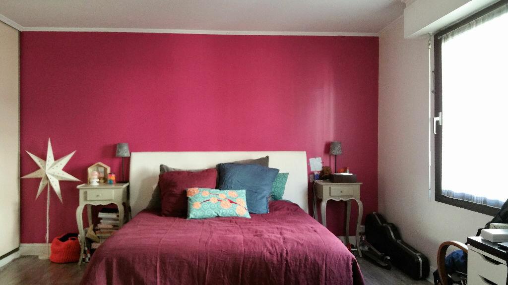 Achat Appartement 6 pièces à Joinville-le-Pont - vignette-4