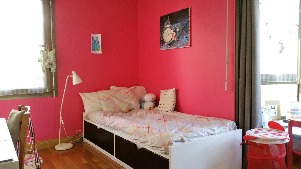 Achat Appartement 6 pièces à Joinville-le-Pont - vignette-5