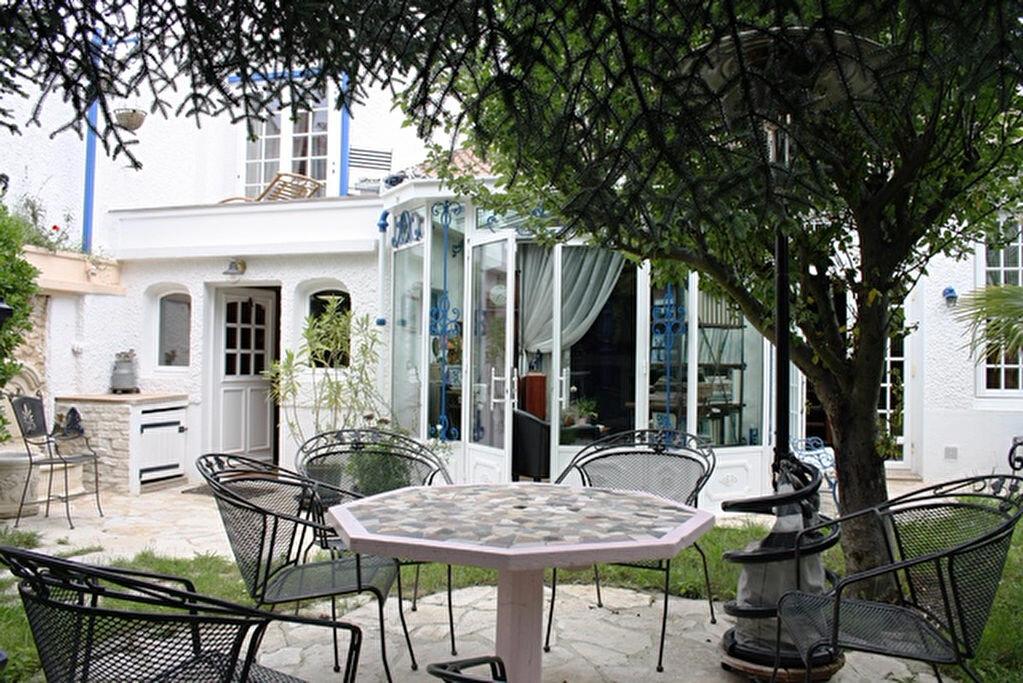 Achat Maison 6 pièces à Saint-Maur-des-Fossés - vignette-1