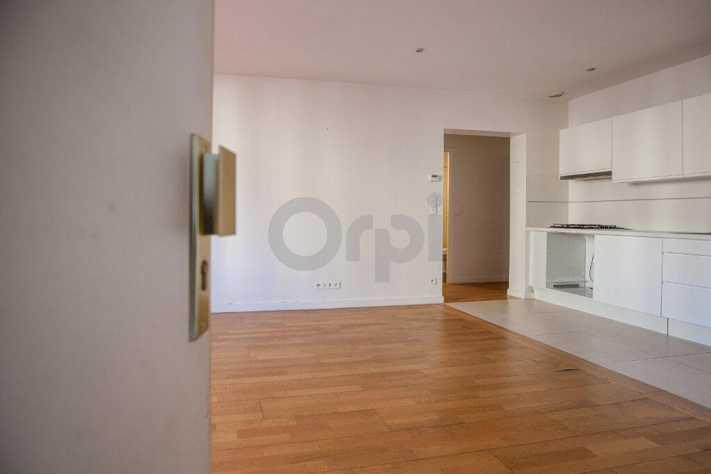 Location Appartement 3 pièces à Joinville-le-Pont - vignette-1