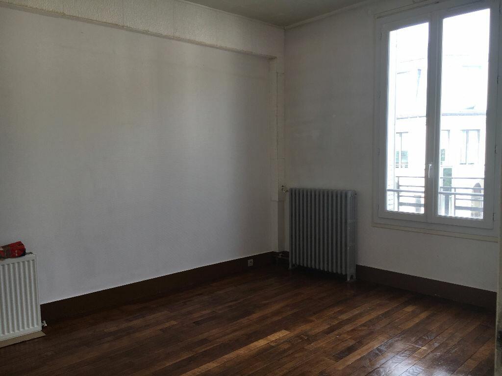 Achat Appartement 4 pièces à Saint-Maur-des-Fossés - vignette-1