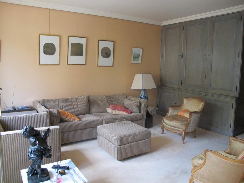 Achat Appartement 5 pièces à Asnières-sur-Seine - vignette-1