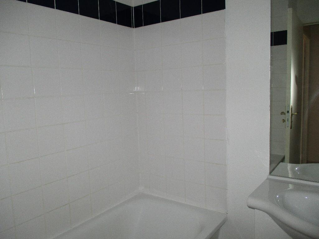 Achat Appartement 2 pièces à Beuzeville - vignette-4