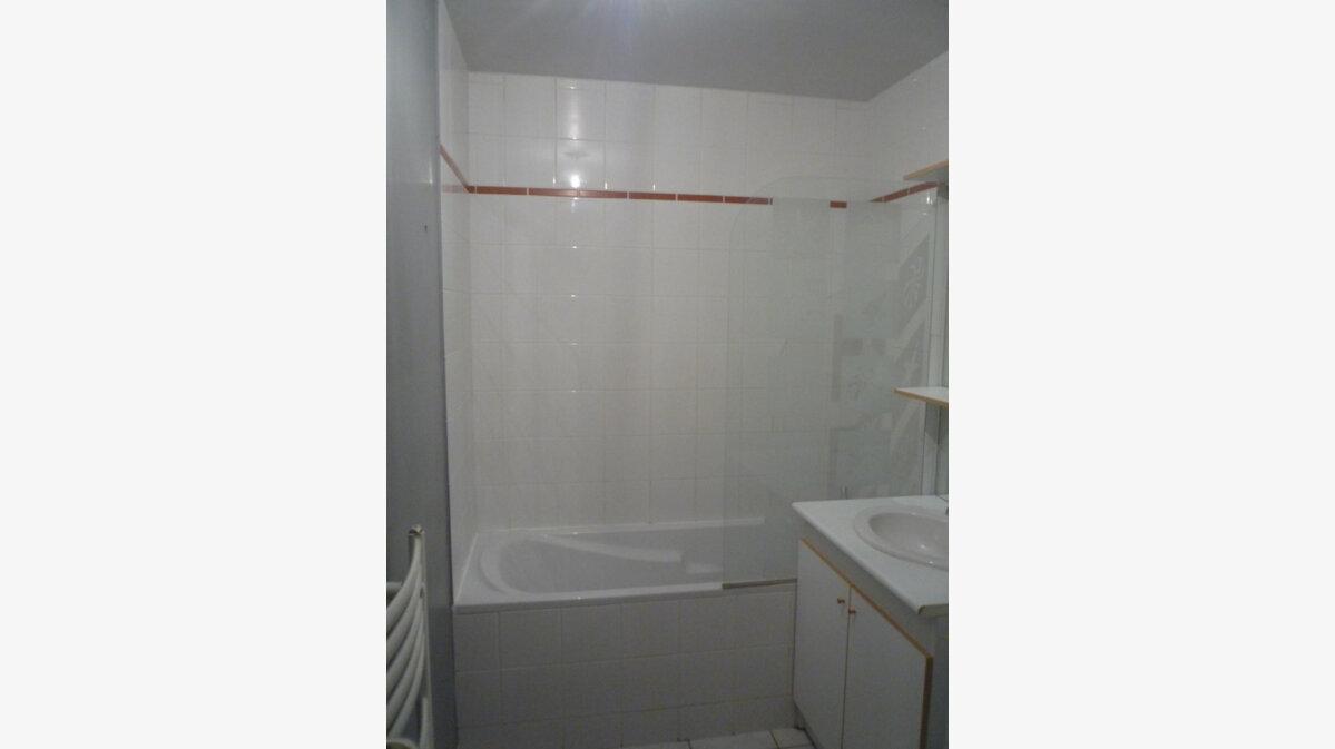 Achat Appartement 4 pièces à Beuzeville - vignette-7