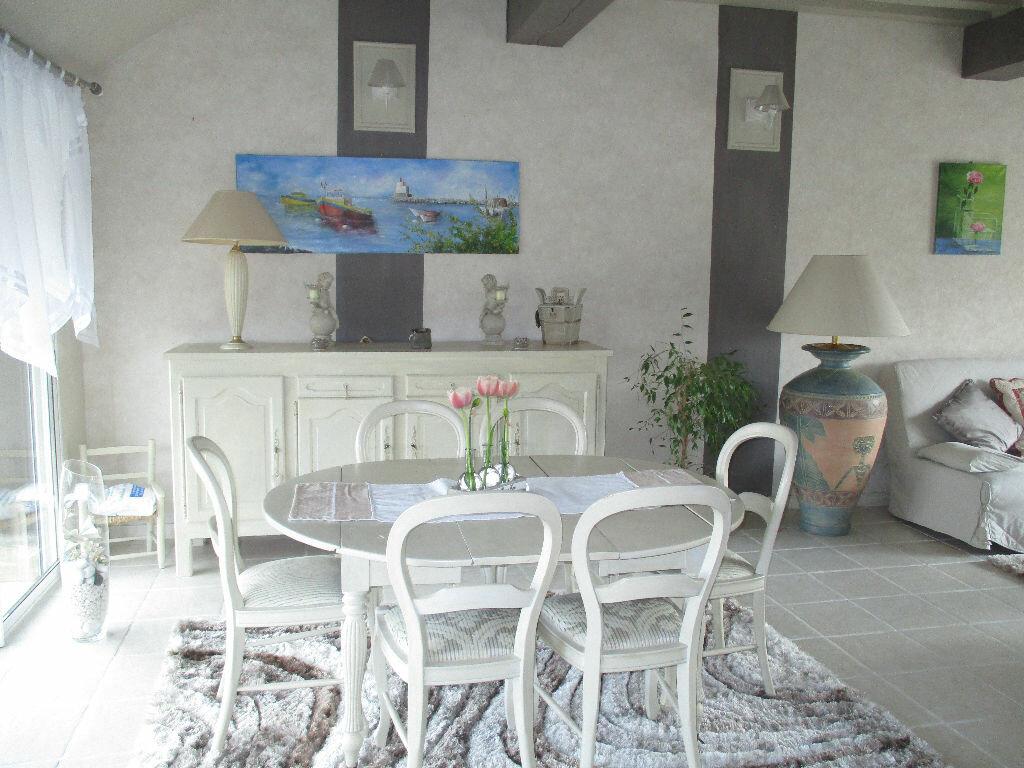 Achat Maison 6 pièces à Pont-l'Évêque - vignette-4