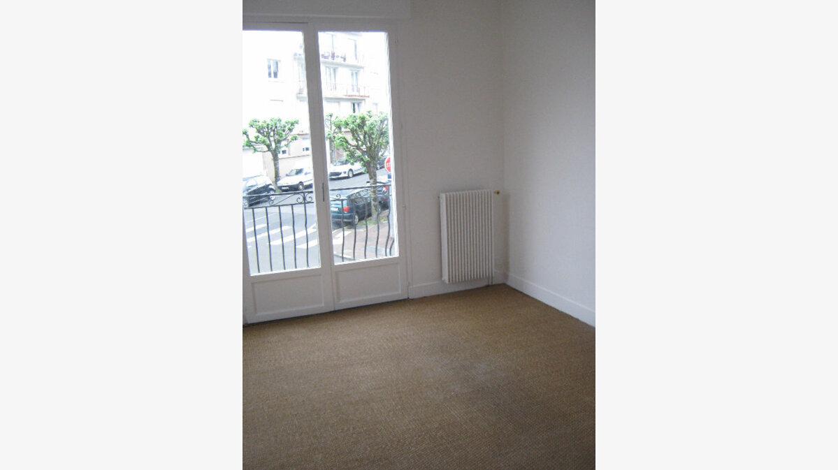Location Appartement 3 pièces à Limoges - vignette-3