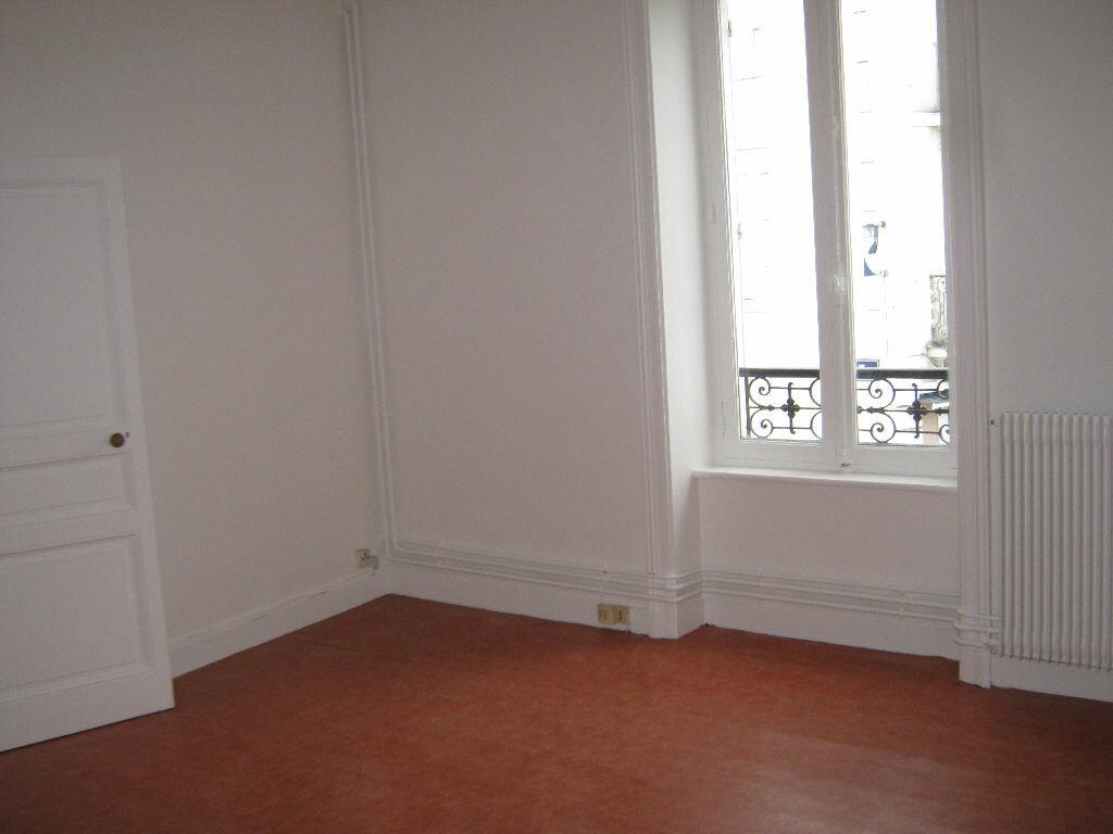 Location Appartement 3 pièces à Limoges - vignette-4