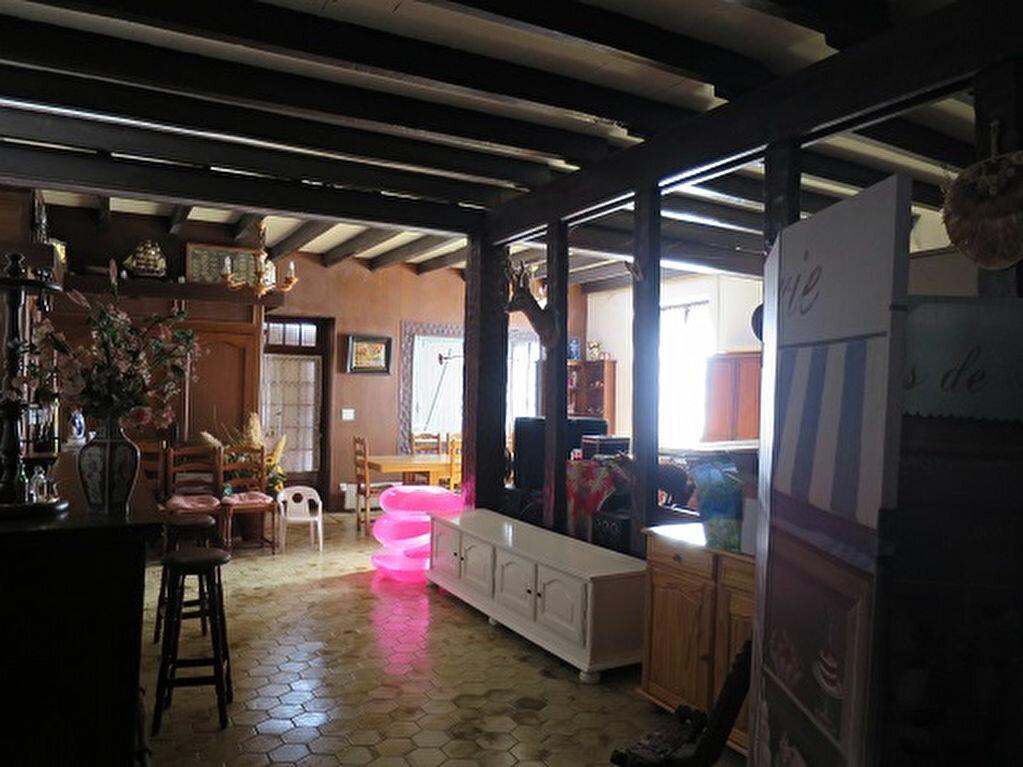 Achat Maison 6 pièces à Saint-Priest-Taurion - vignette-2