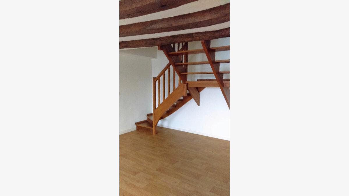 Location Appartement 5 pièces à Limoges - vignette-1
