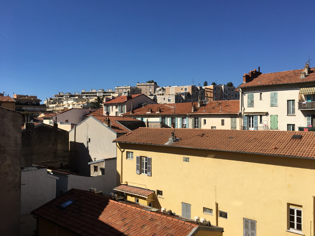 Location Appartement 2 pièces à Nice - vignette-1