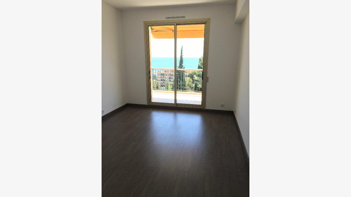 Location Appartement 3 pièces à Nice - vignette-11