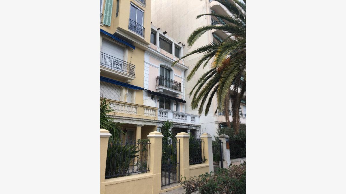 Location Local commercial  à Nice - vignette-9