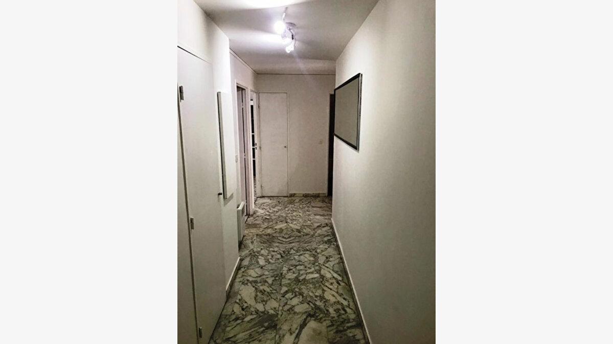 Location Appartement 2 pièces à Nice - vignette-7