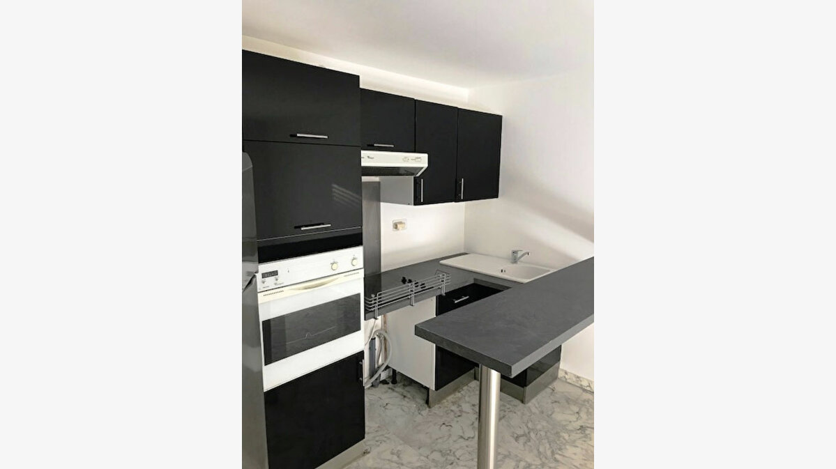 Location Appartement 2 pièces à Nice - vignette-8