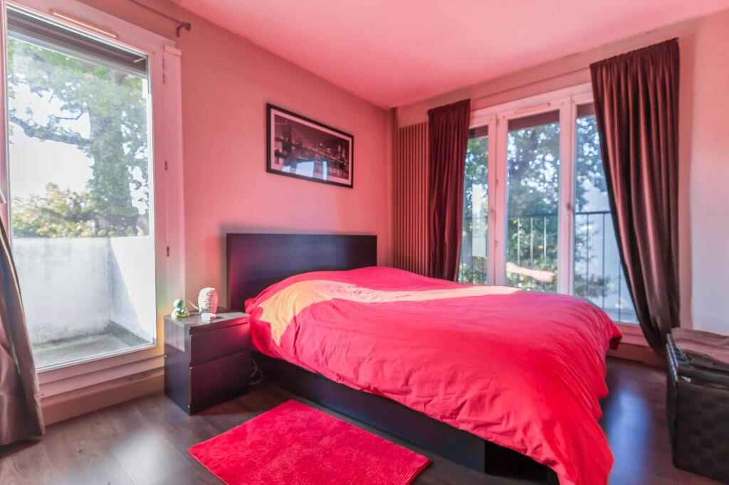 Achat Appartement 4 pièces à Champigny-sur-Marne - vignette-3