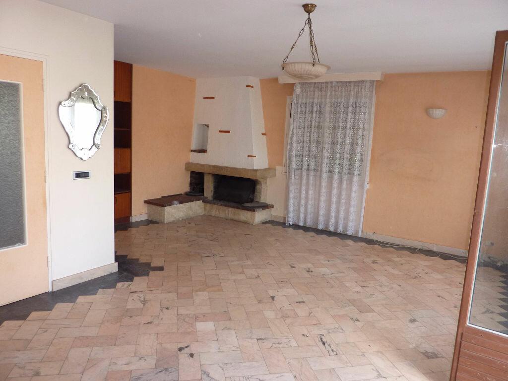 Achat Maison 7 pièces à Champigny-sur-Marne - vignette-2