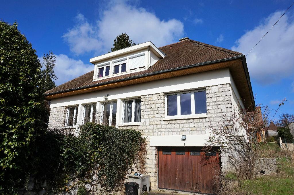 Achat Maison 7 pièces à Vaux-sur-Seine - vignette-1
