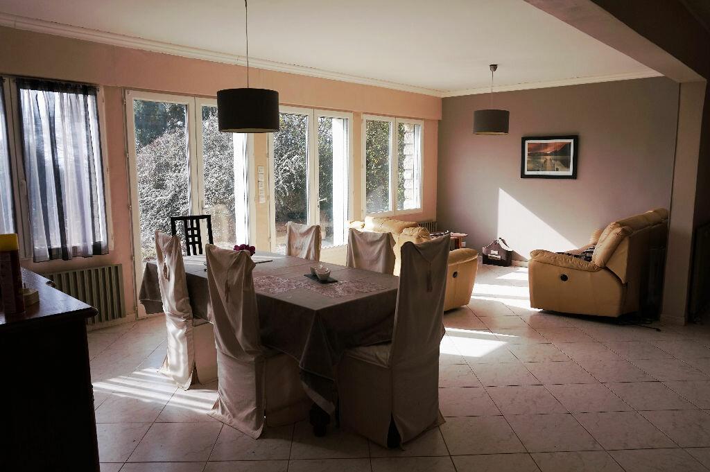 Achat Maison 7 pièces à Vaux-sur-Seine - vignette-3