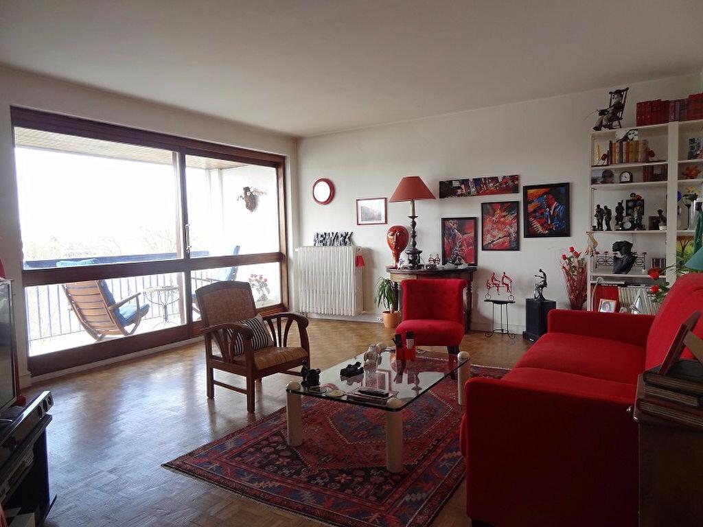 Achat Appartement 5 pièces à Triel-sur-Seine - vignette-1