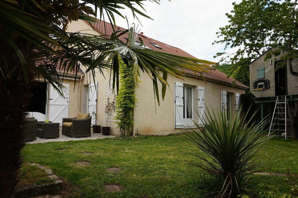 Achat Maison 9 pièces à Vaux-sur-Seine - vignette-10