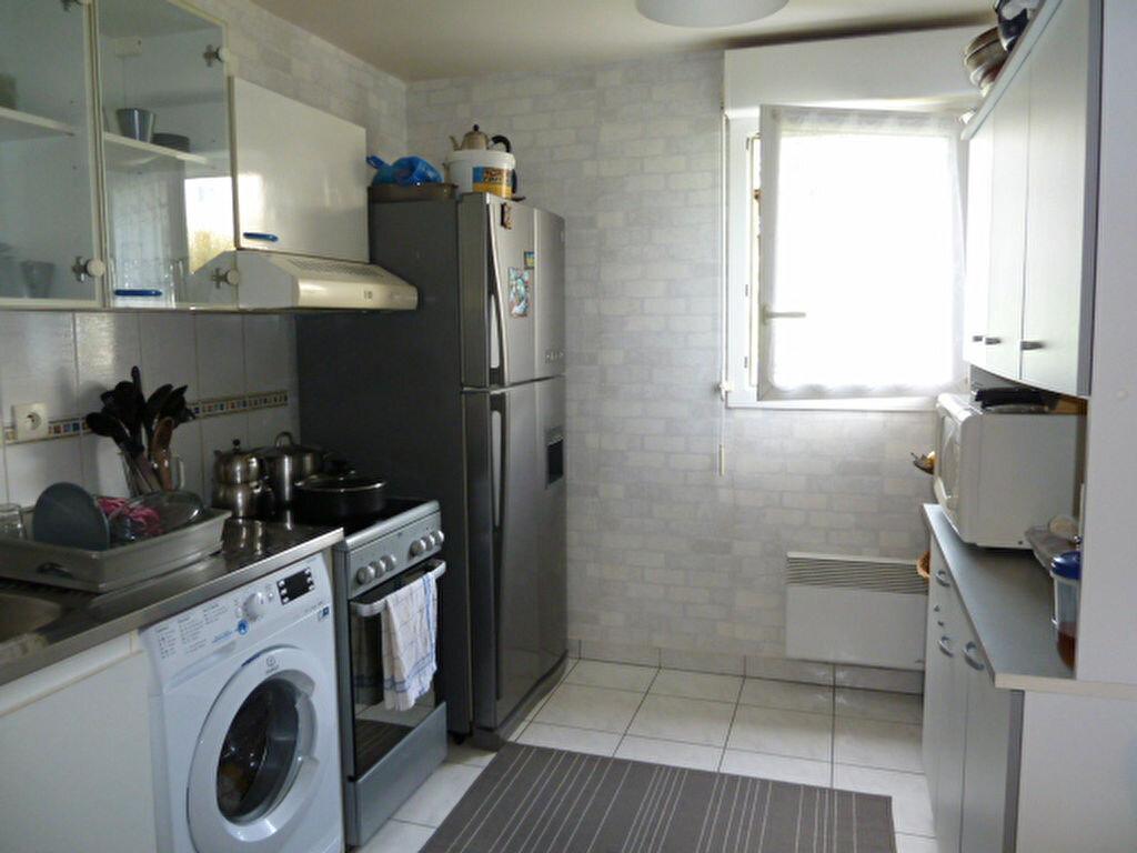 Achat Appartement 3 pièces à Chanteloup-les-Vignes - vignette-1