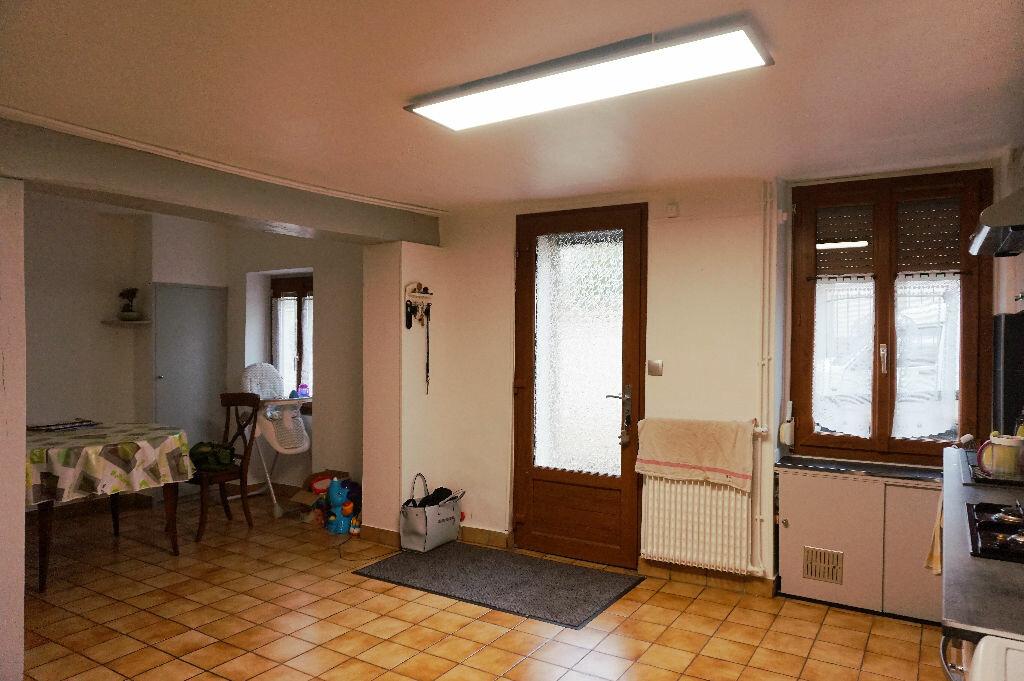 Achat Maison 4 pièces à Vaux-sur-Seine - vignette-2