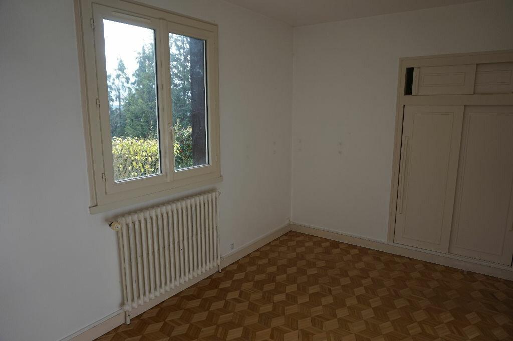 Achat Maison 4 pièces à Vaux-sur-Seine - vignette-5