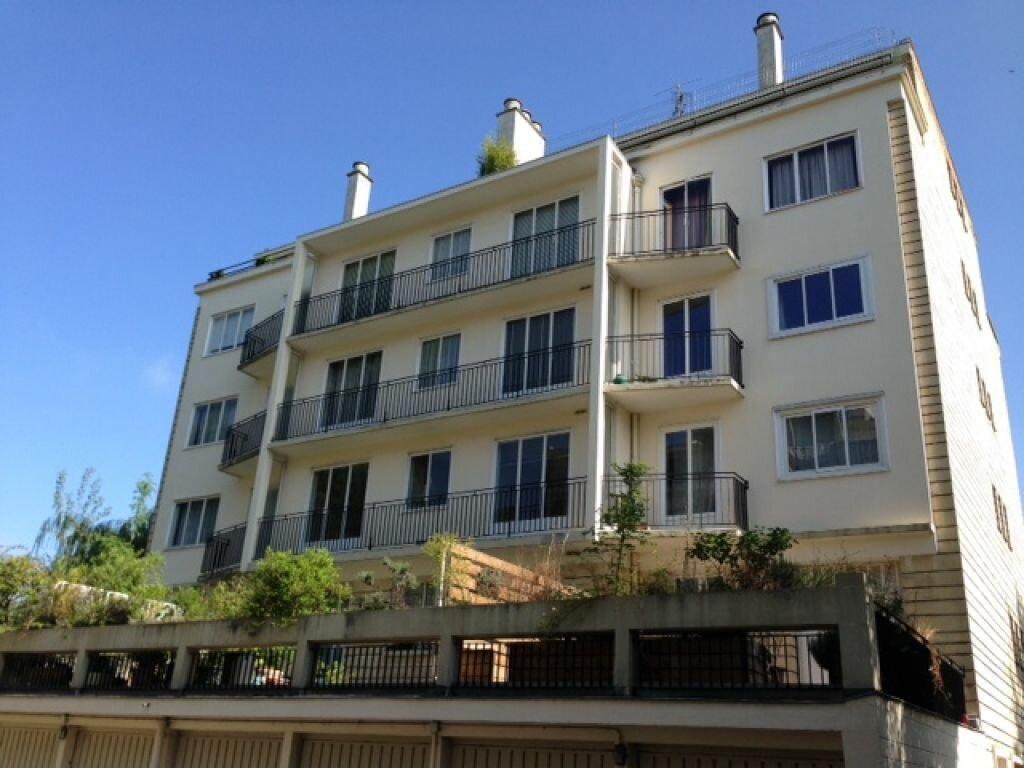 Location Appartement 2 pièces à Bourg-la-Reine - vignette-1