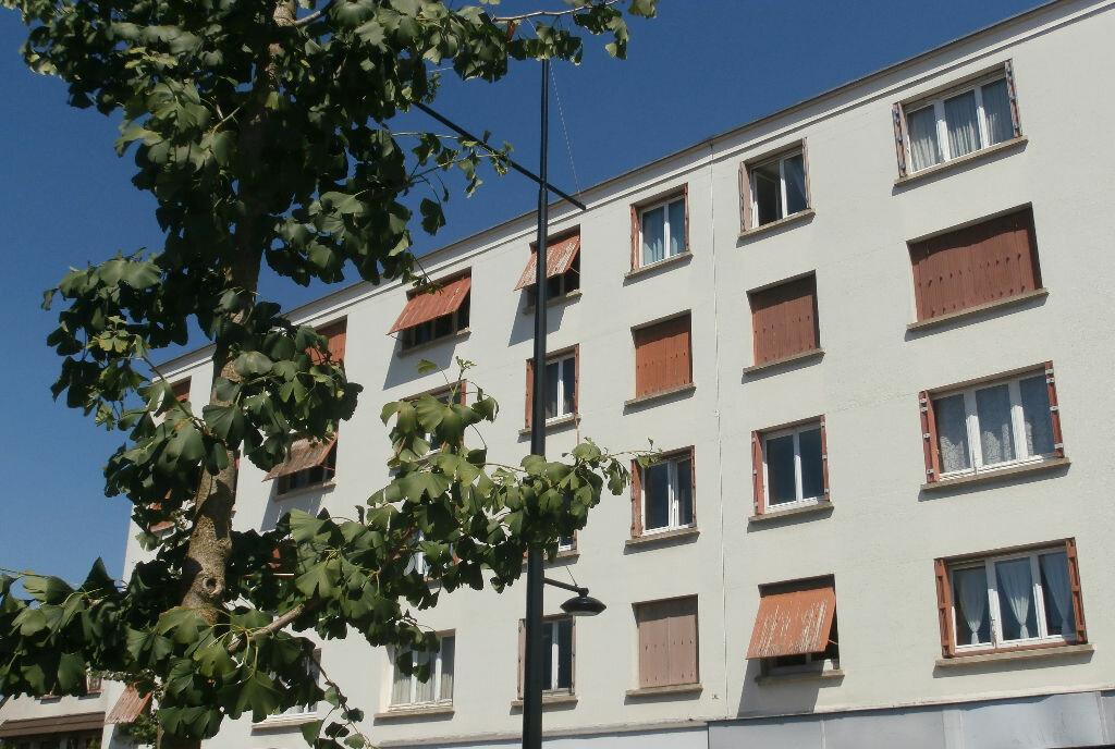 Achat Appartement 5 pièces à L'Haÿ-les-Roses - vignette-1