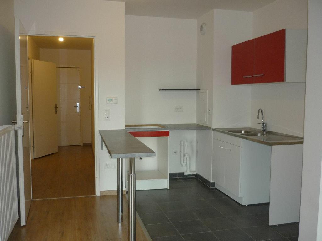 Location Appartement 3 pièces à Chevilly-Larue - vignette-1