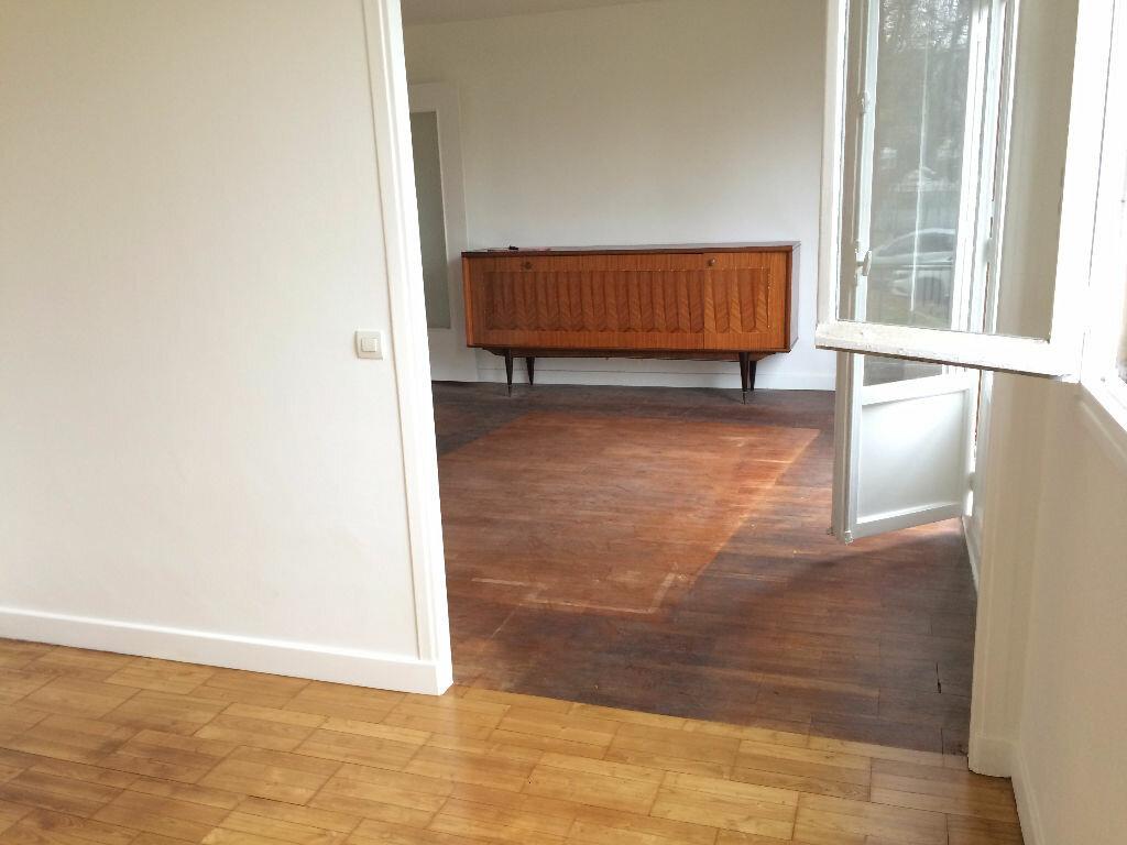 Achat Appartement 4 pièces à Villejuif - vignette-8