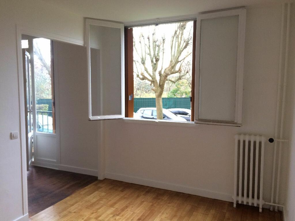Achat Appartement 4 pièces à Villejuif - vignette-9