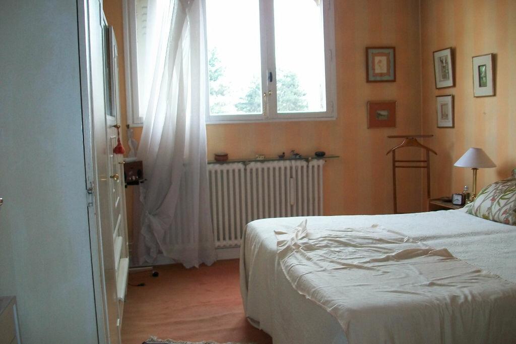 Achat Appartement 4 pièces à Bourg-la-Reine - vignette-4