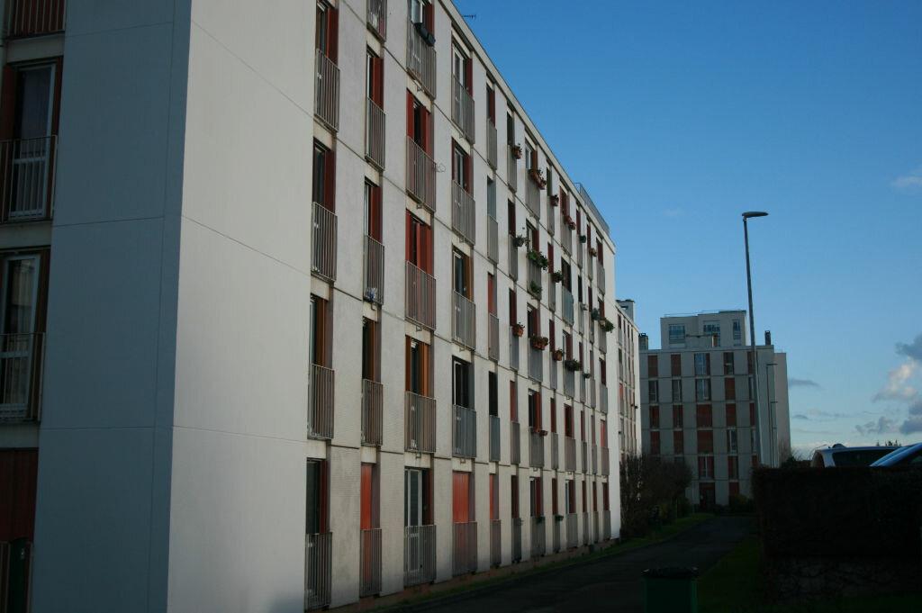 Achat Appartement 4 pièces à Villejuif - vignette-2