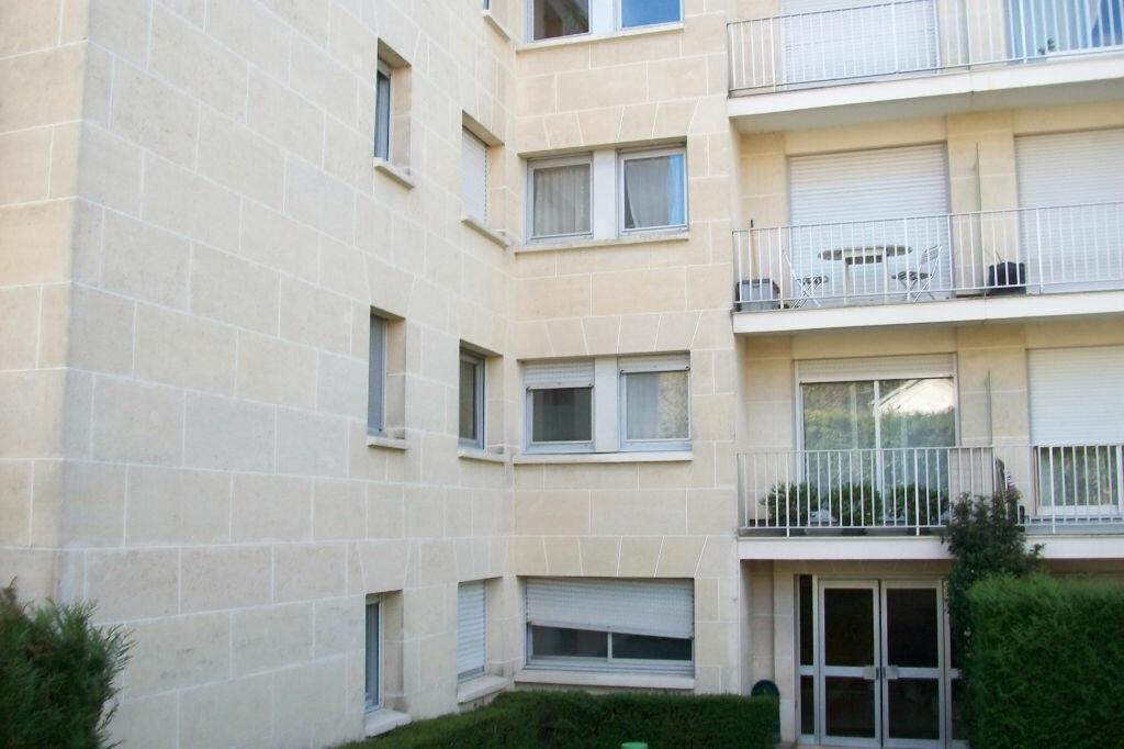 Achat Appartement 1 pièce à Bagneux - vignette-1