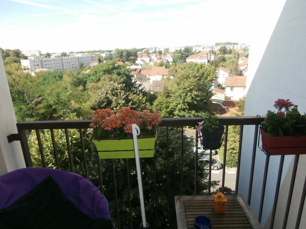 Achat Appartement 4 pièces à L'Haÿ-les-Roses - vignette-2