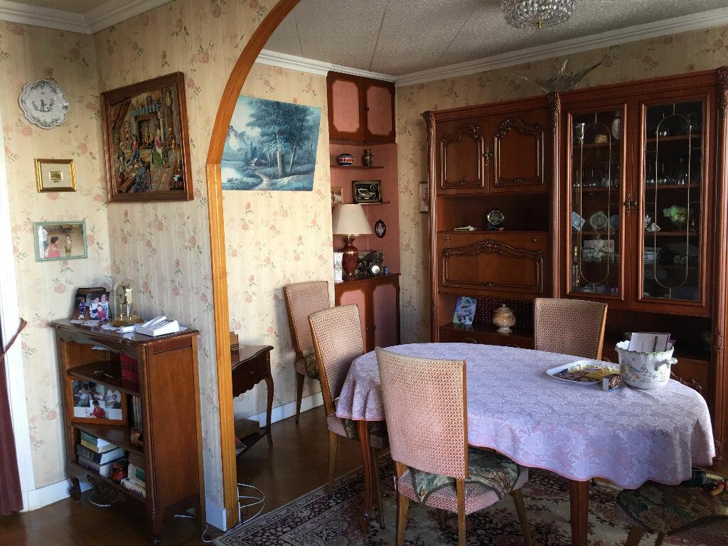 Achat Appartement 4 pièces à Chevilly-Larue - vignette-1
