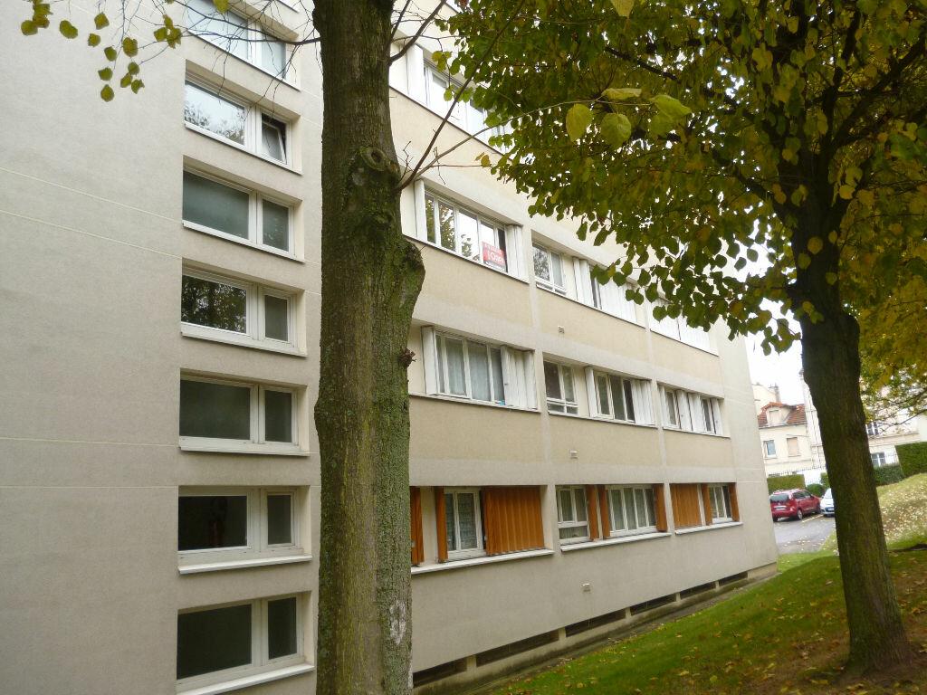 Achat Appartement 1 pièce à Fontenay-aux-Roses - vignette-1