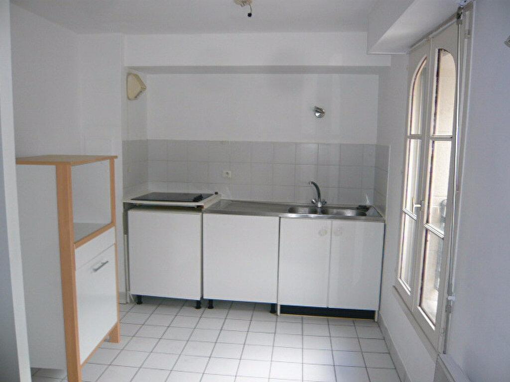 Location Appartement 3 pièces à Magny-en-Vexin - vignette-4