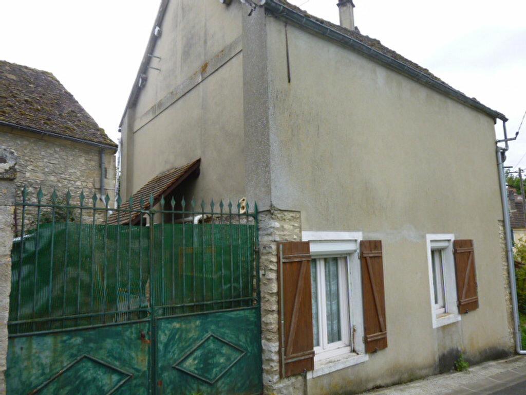 Achat Maison 3 pièces à Ambleville - vignette-1