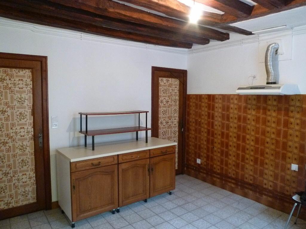 Location Maison 3 pièces à Saint-Clair-sur-Epte - vignette-4