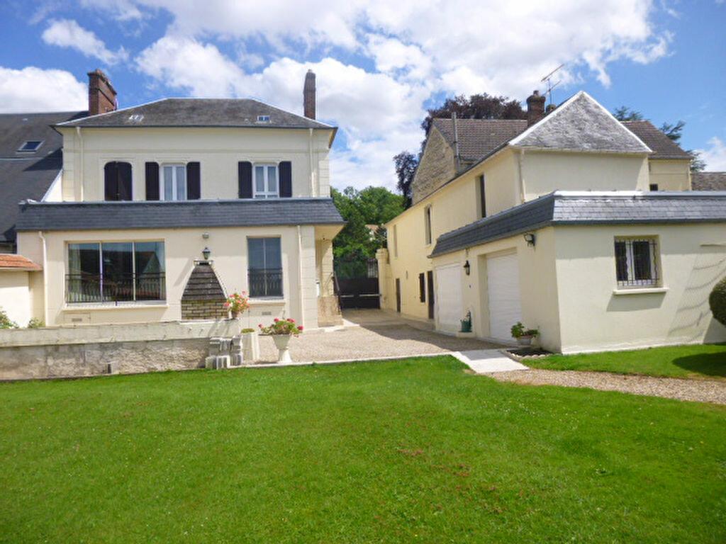 Achat Maison 7 pièces à Saint-Clair-sur-Epte - vignette-1