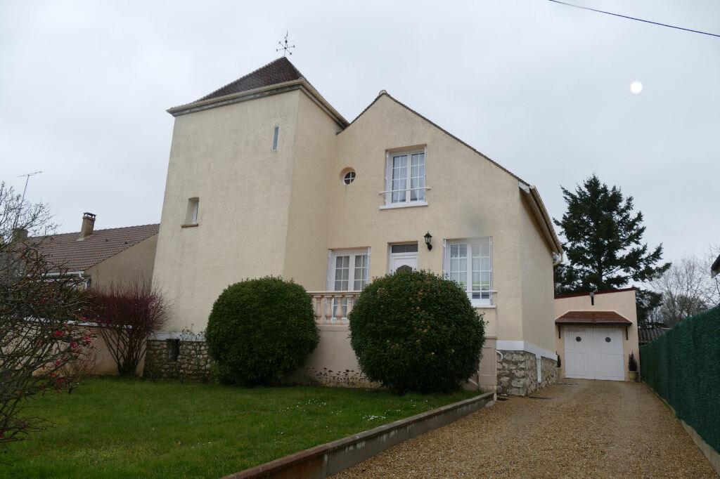 Achat Maison 7 pièces à Boissy-le-Châtel - vignette-2