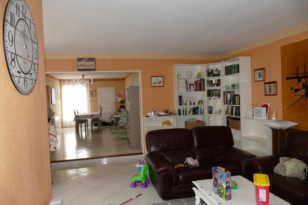 Achat Maison 7 pièces à Boissy-le-Châtel - vignette-5