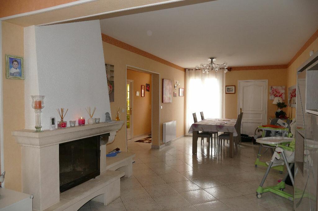 Achat Maison 7 pièces à Boissy-le-Châtel - vignette-6