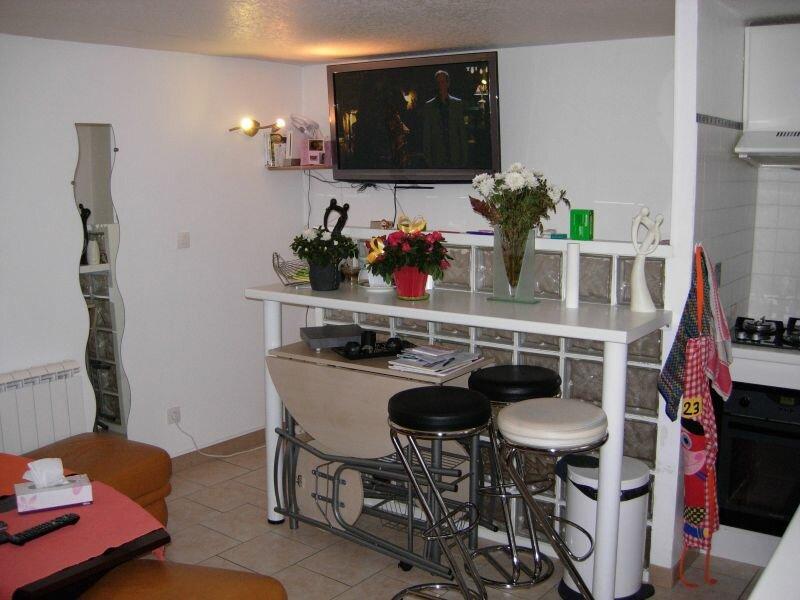 Achat Maison 2 pièces à Saint-Cyr-sur-Morin - vignette-1