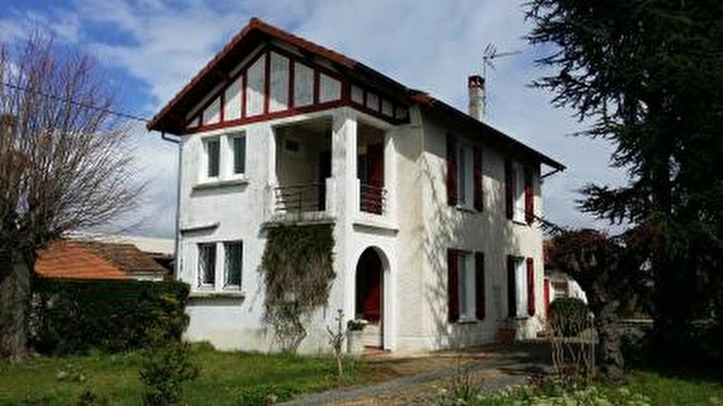 Achat Maison 5 pièces à Vic-en-Bigorre - vignette-1