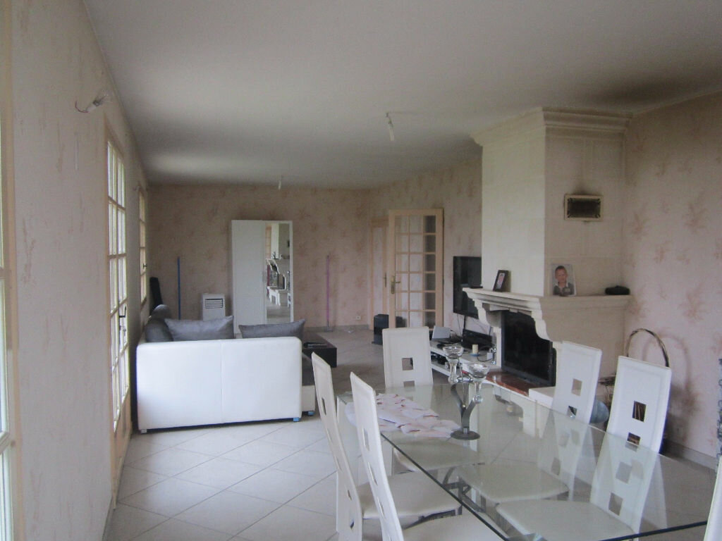 Achat Maison 6 pièces à Neuville-sur-Brenne - vignette-2